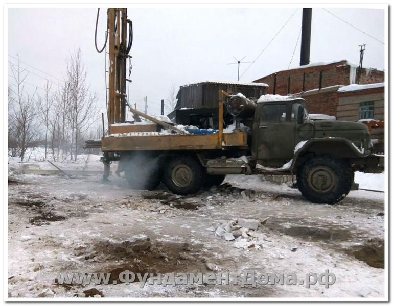 Декабрь 2016, г.Красноуральск, 28 свай с предварительным забуриванием